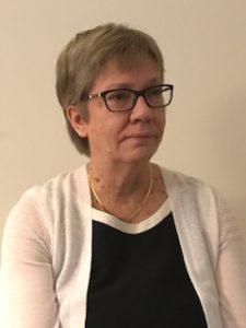 Leena Pimperi-Koiviston kasvokuva.
